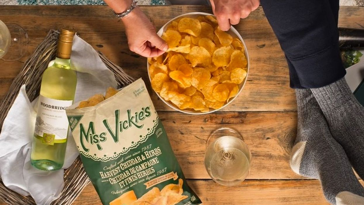 There's A Recall On Miss Vickie's Chips In Quebec After Glass Was Found In Bags