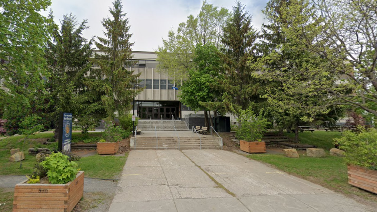 3 Montreal School Staff Members Are In Confinement After Testing Positive For COVID-19