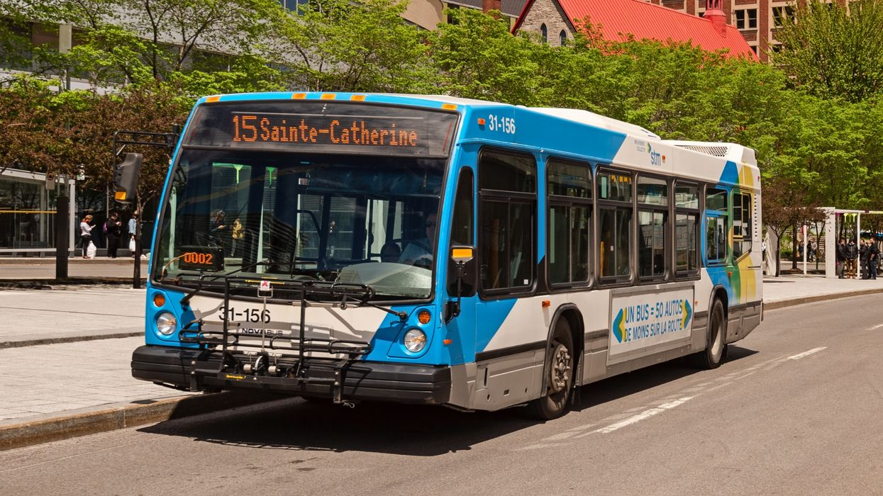 A Fight Broke Out On An STM Bus Over Someone Not Wearing A Mask (VIDEO)