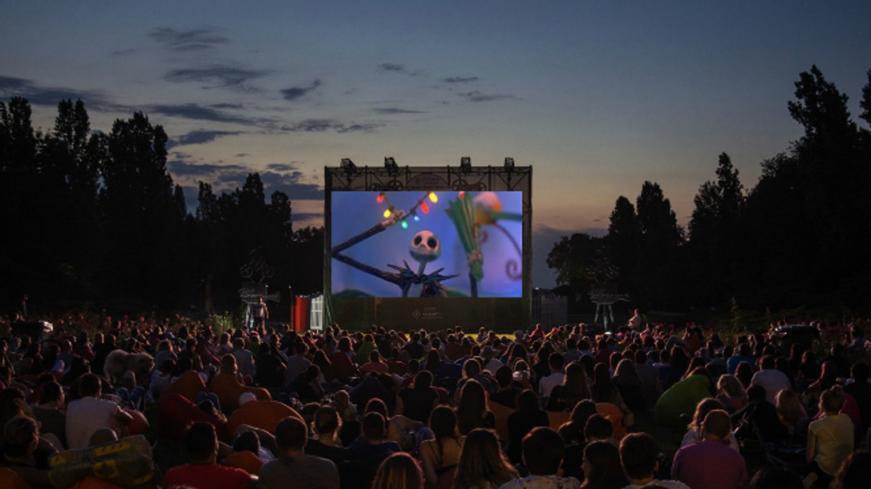 """You Can Watch """"The Nightmare Before Christmas"""" At An Outdoor Movie Theatre This Halloween"""