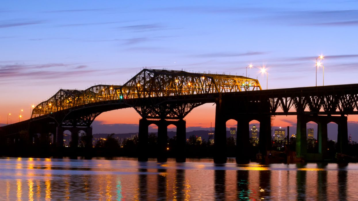 You Can Tour Montreal's Old Champlain Bridge One Last Time Before Its Demolition