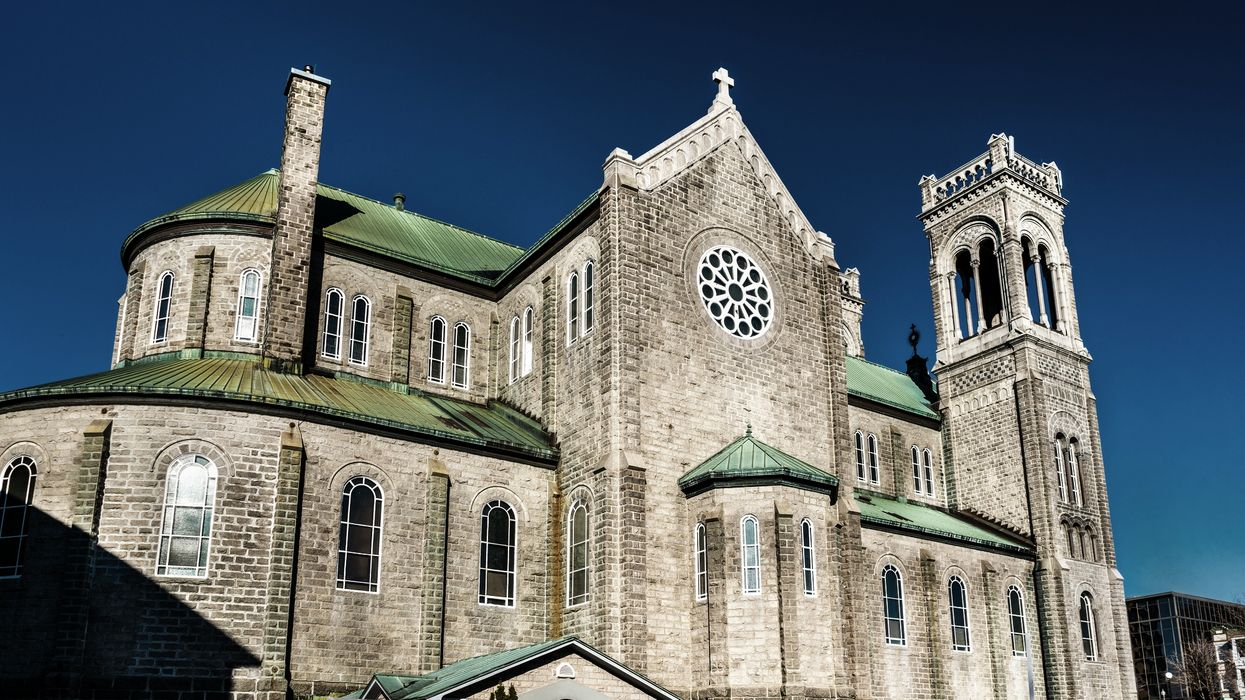 100 Year Old Church In Quebec City On The Verge Of Collapse