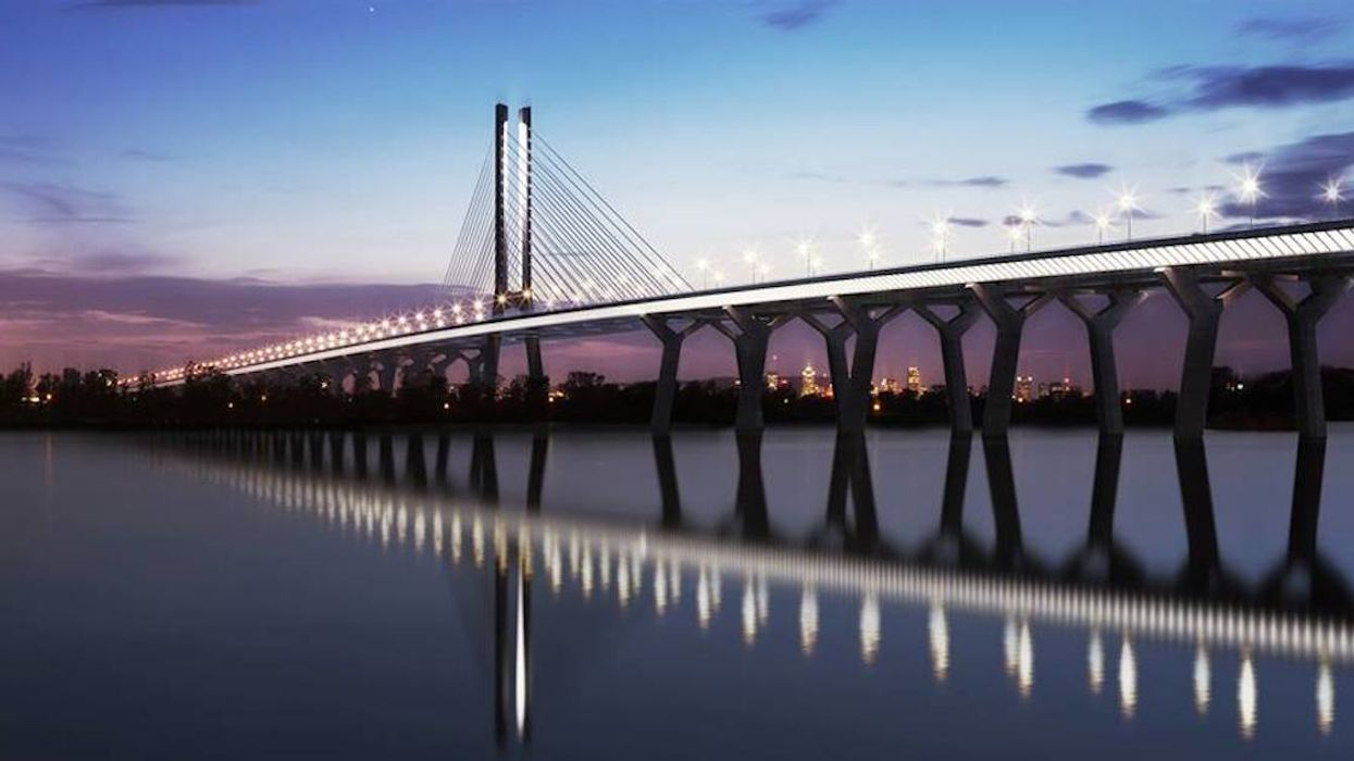 There Is Still No Official Opening Date For Montreal's New Champlain Bridge