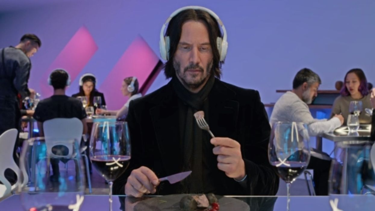 """The Internet Is Officially Obsessed With Keanu Reeves In Netflix's """"Always Be My Maybe"""""""