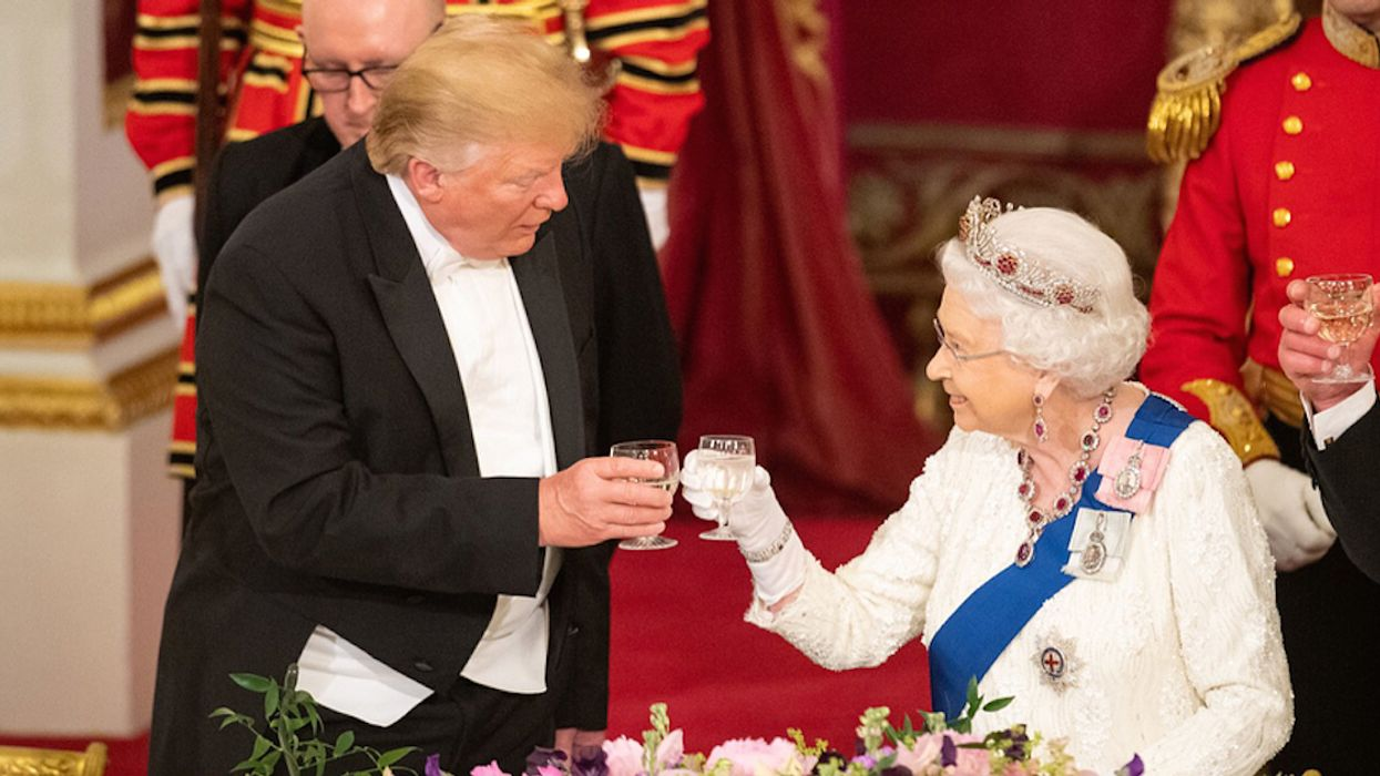 People Are Convinced The Queen Just Publicly Embarrassed Trump In The Most Subtly Genius Way