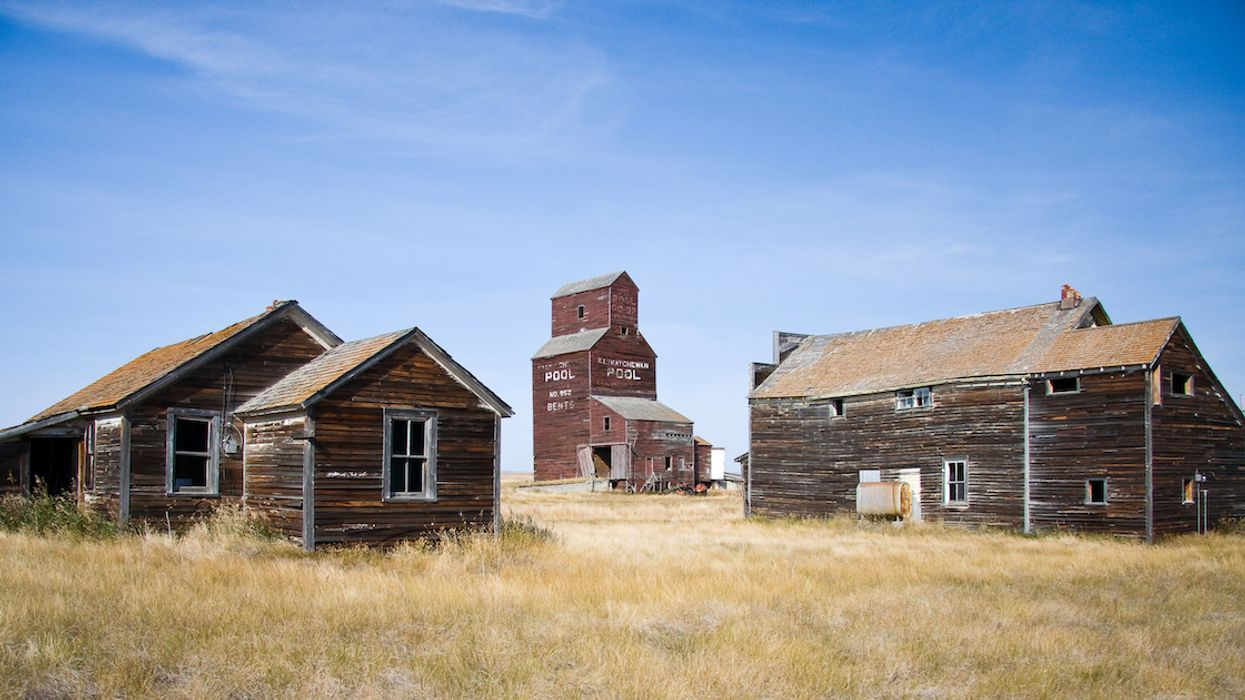 This Map Of Every Ghost Town In Canada Will Guide You Through The Ultimate Haunted Road Trip