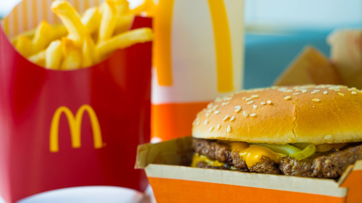 McDonald's Trick Lets Customers Order A Free Burger On Self-Service Machine (Video)