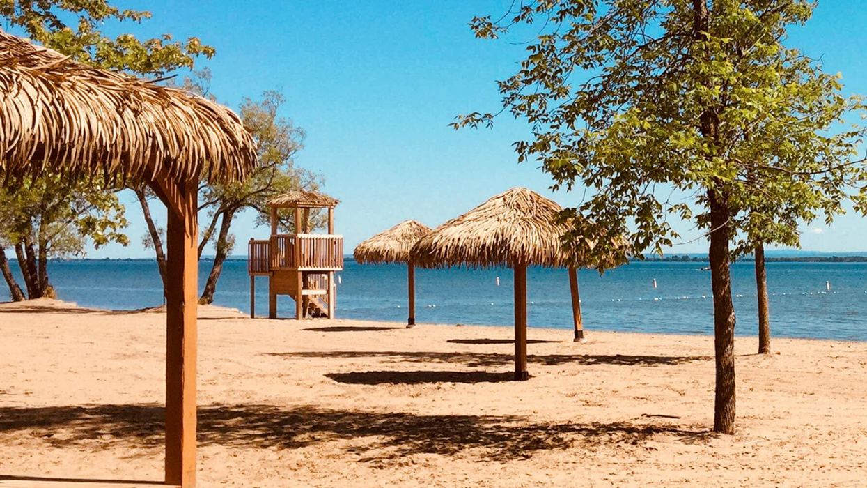 This Stunning Beach Just Outside Montreal Will Make You Feel Like You're In Punta Cana This Summer