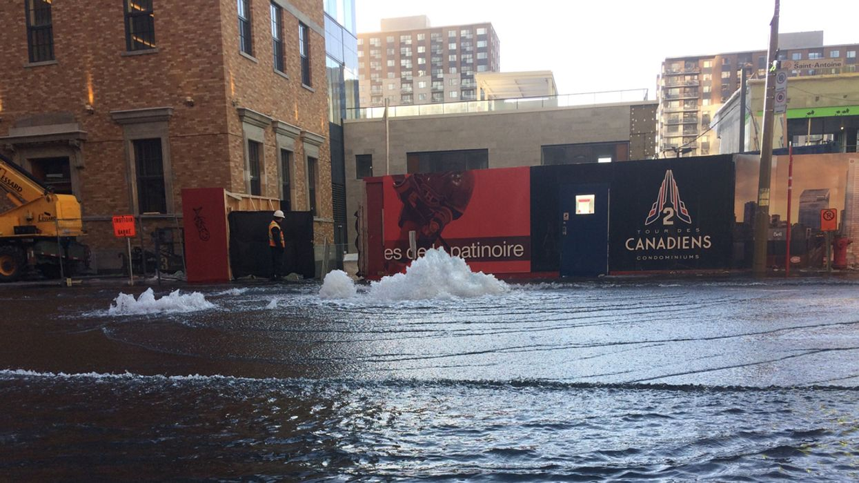 Ongoing: Water Main Break Causes Intense Flooding Downtown Montreal