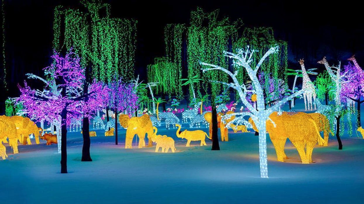 The Largest Illuminated Village In The World Is Coming To Quebec