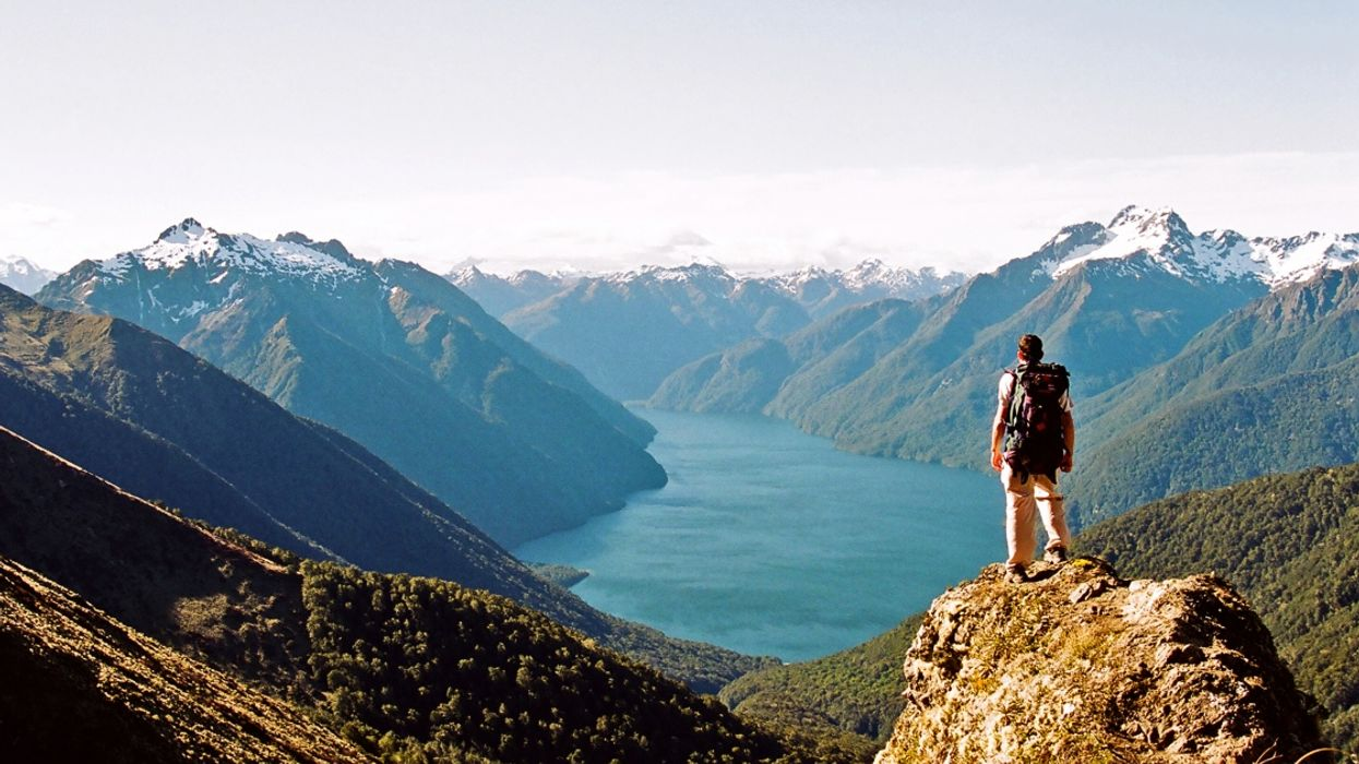 Canadians Will Soon Need Special Authorization To Travel To New Zealand