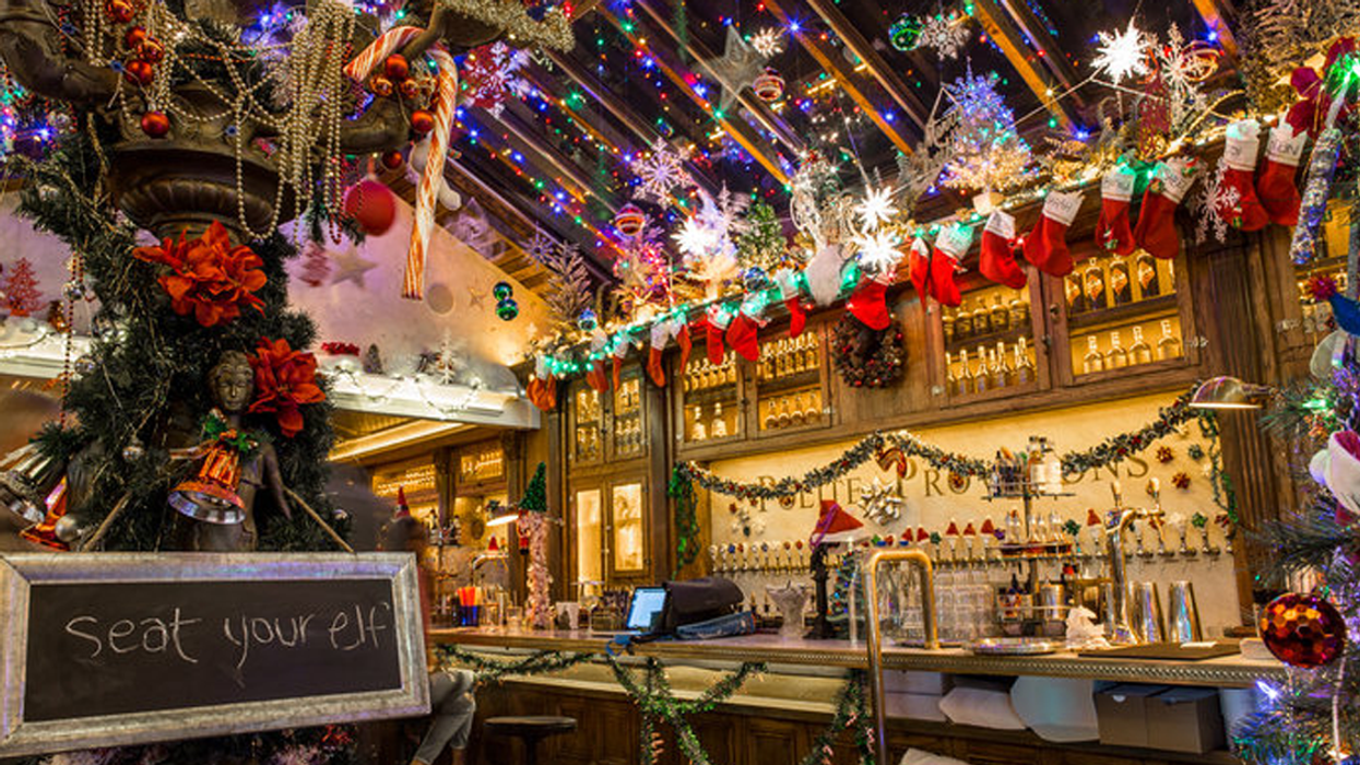 A Magical Christmas-Themed Bar Is Coming To Montreal This Week