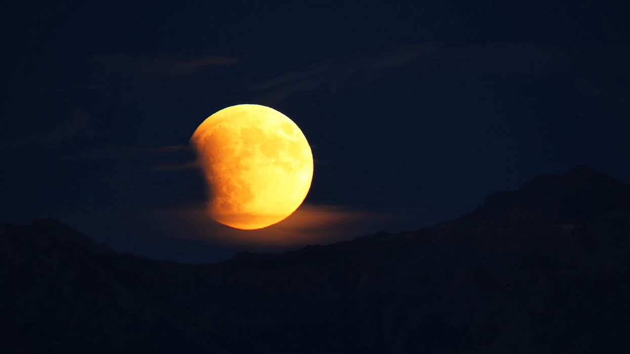 A Rare Total Lunar Eclipse Will Be Visible Across Canada