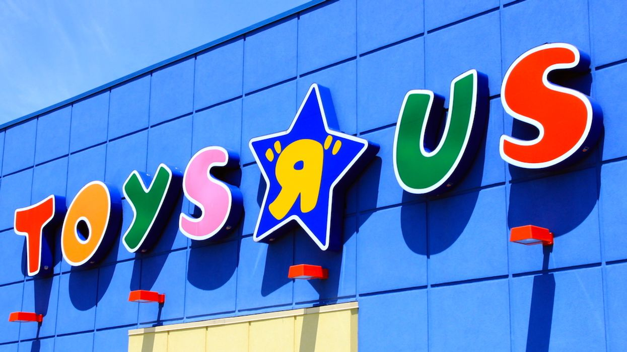 Toys 'R' Us Canada Is Having A Massive 40% Off Holiday Sale