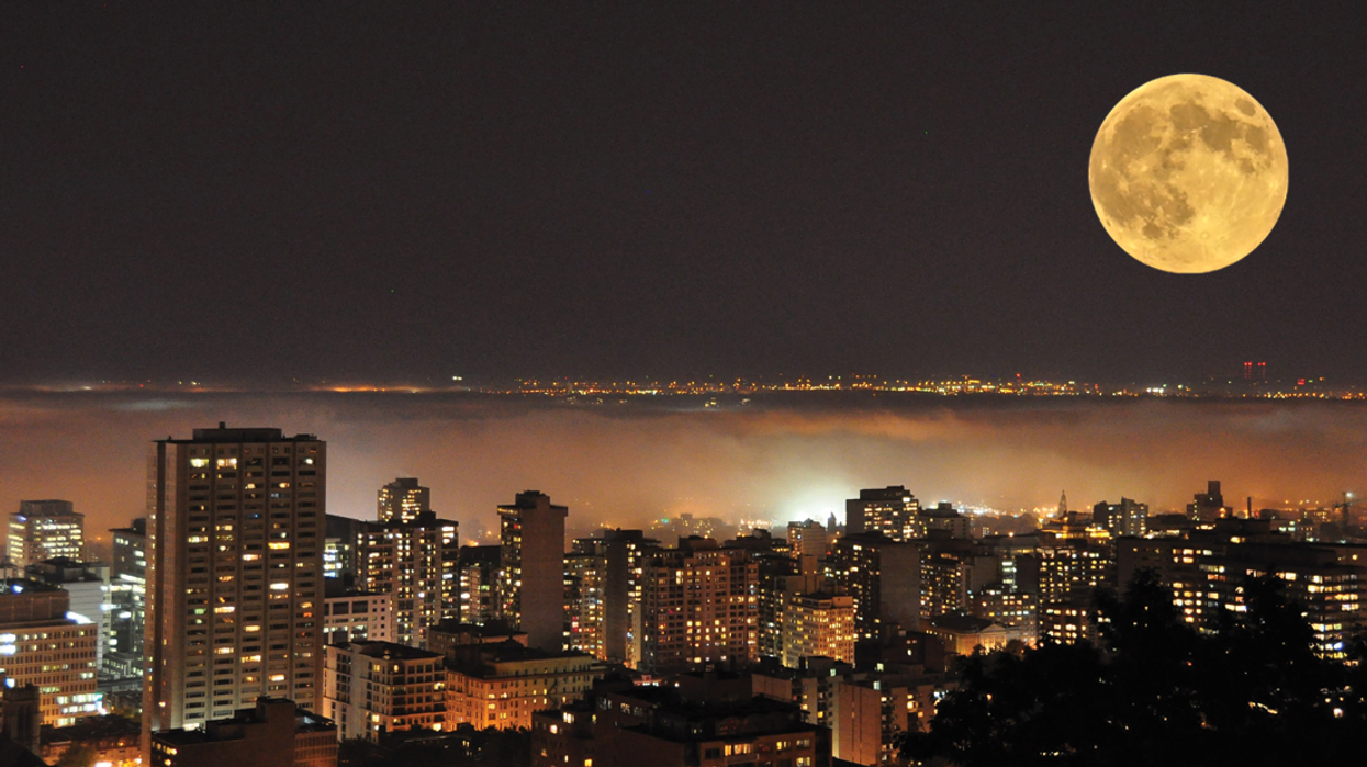 """People Are Freaking Out Over This Mysterious """"Alien-Like"""" Noise Heard In Montreal"""