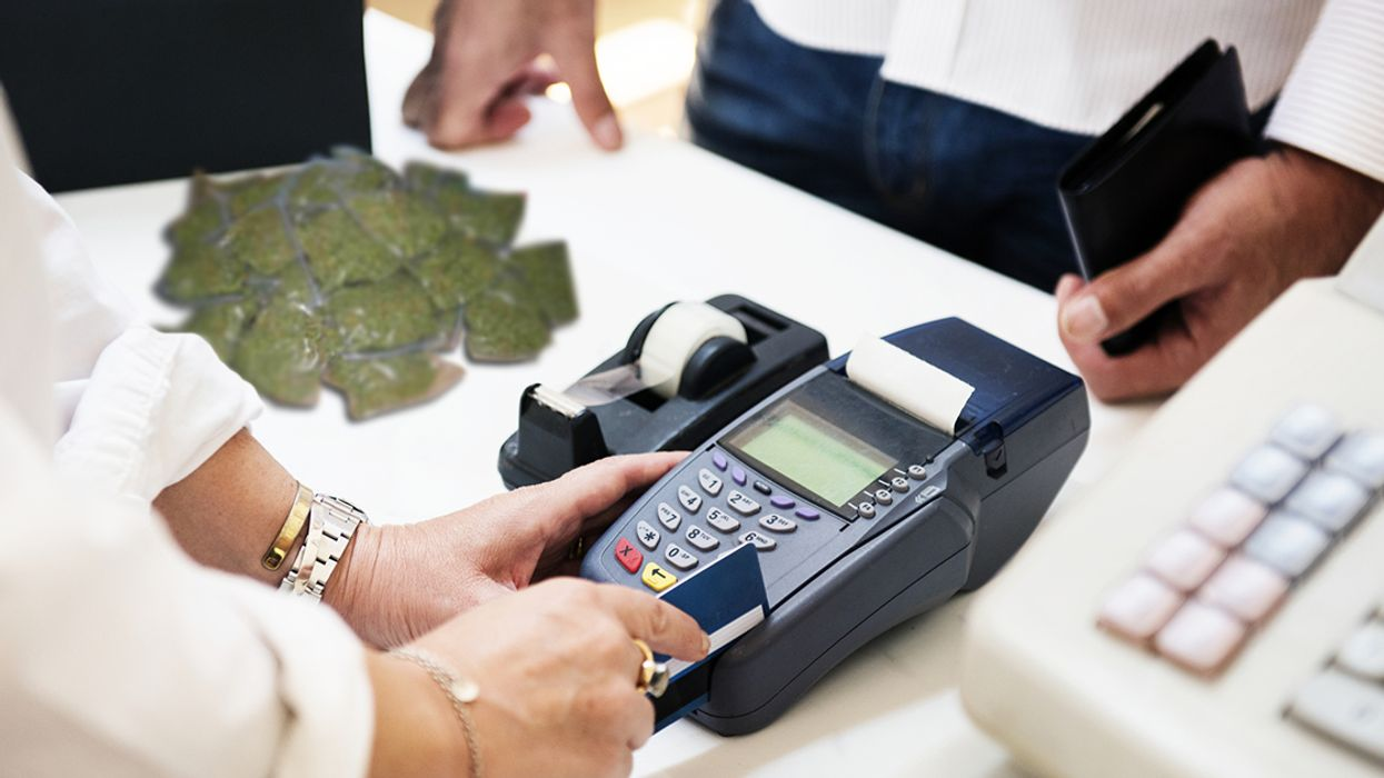 Warning: This Is Why You Should Never Buy Marijuana With A Credit Card In Canada