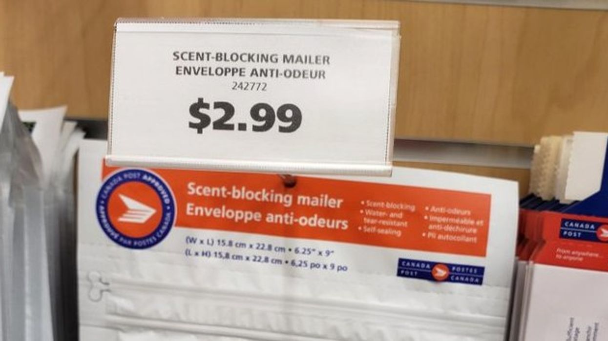 """Reddit Is Going Crazy Over Canada Post's """"Scent-Blocking"""" Envelopes You Can Use To Mail Marijuana"""