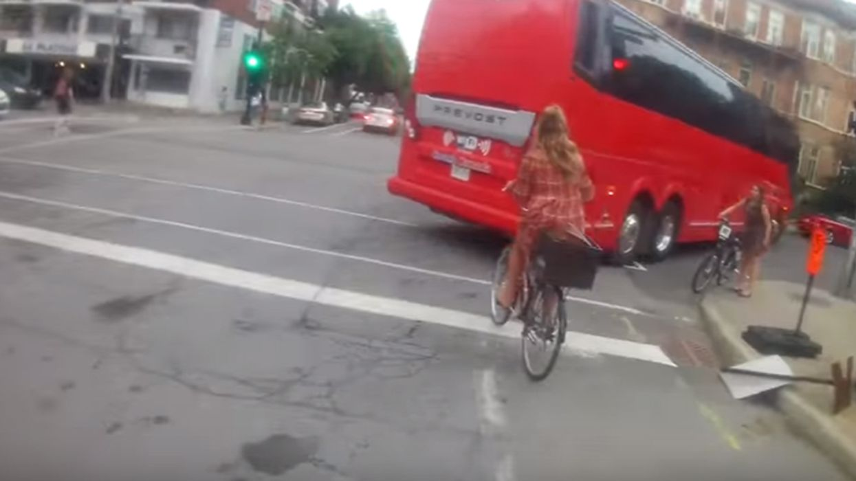 Video Showing How Crazy Dangerous The Cyclists Are In Montreal