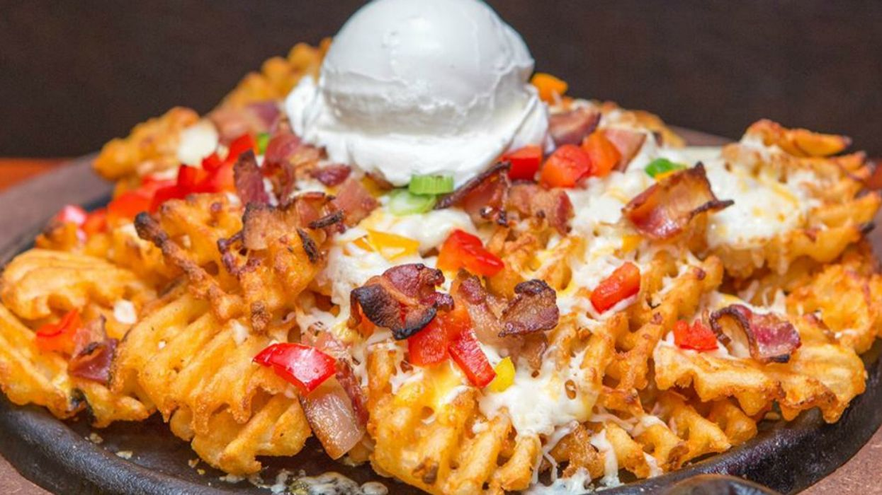 """This Montreal Restaurant Is Selling """"Nacho Fries"""" That You Have To Try"""