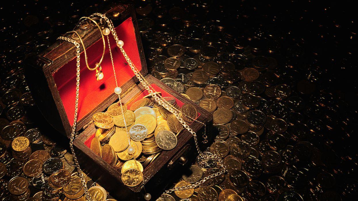 A Massive Treasure Hunt Is Underway Across Canada