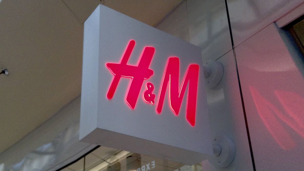 H&M Is Having A Huge 60% Off Sale Across Canada Right Now
