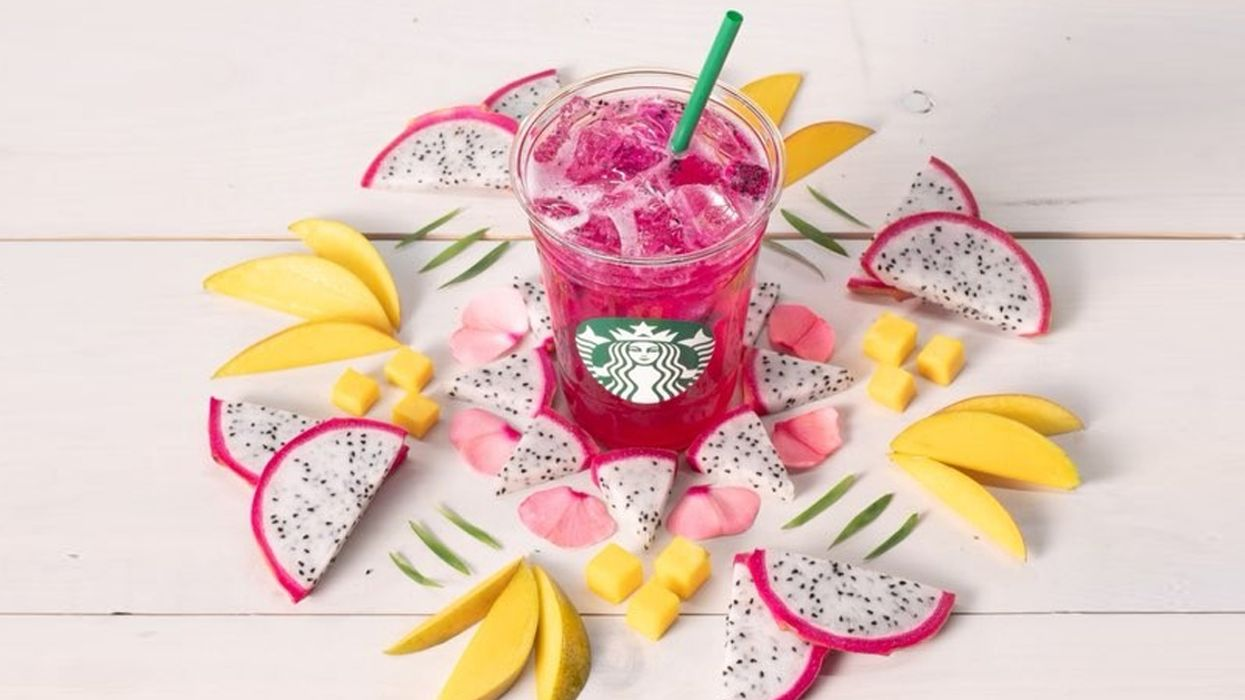 """Starbucks' All-New """"Mango Dragonfruit Refresher"""" Is Now Available In Canada"""