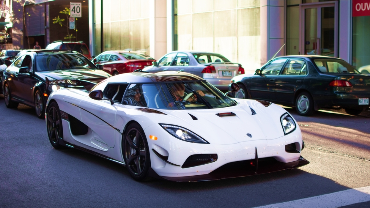 Super Rare $4,000,000 Koenigsegg Agera RS Spotted Driving Downtown Montreal (Photos)