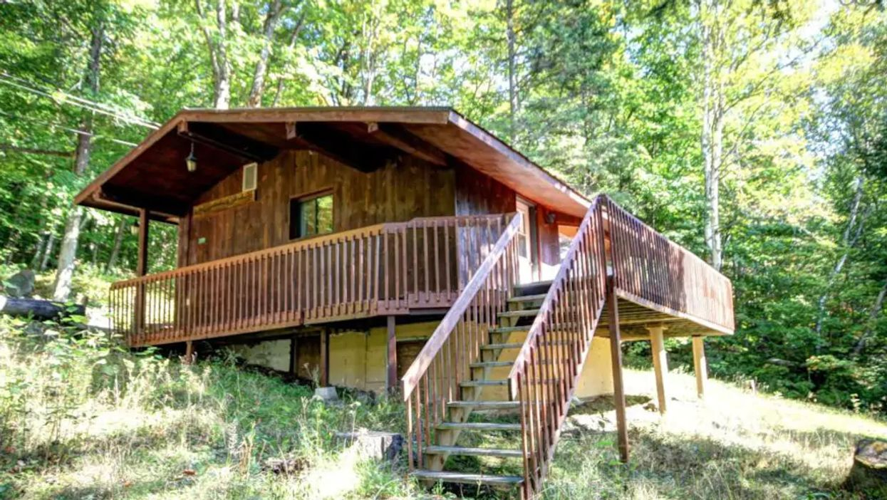 Epic Chalets Close To Montreal You Can Rent For Less Than $25 A Person