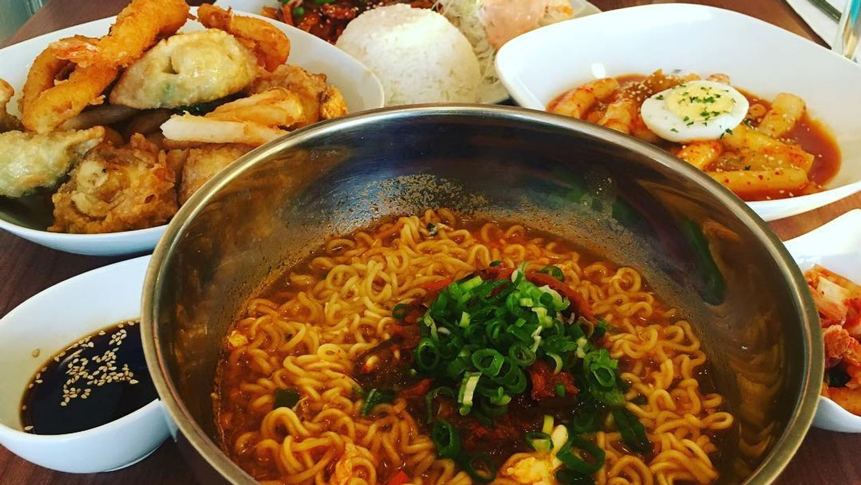 This Low-Key Montreal Restaurant Actually Serves The Most Deliciously Authentic Korean Food In The City