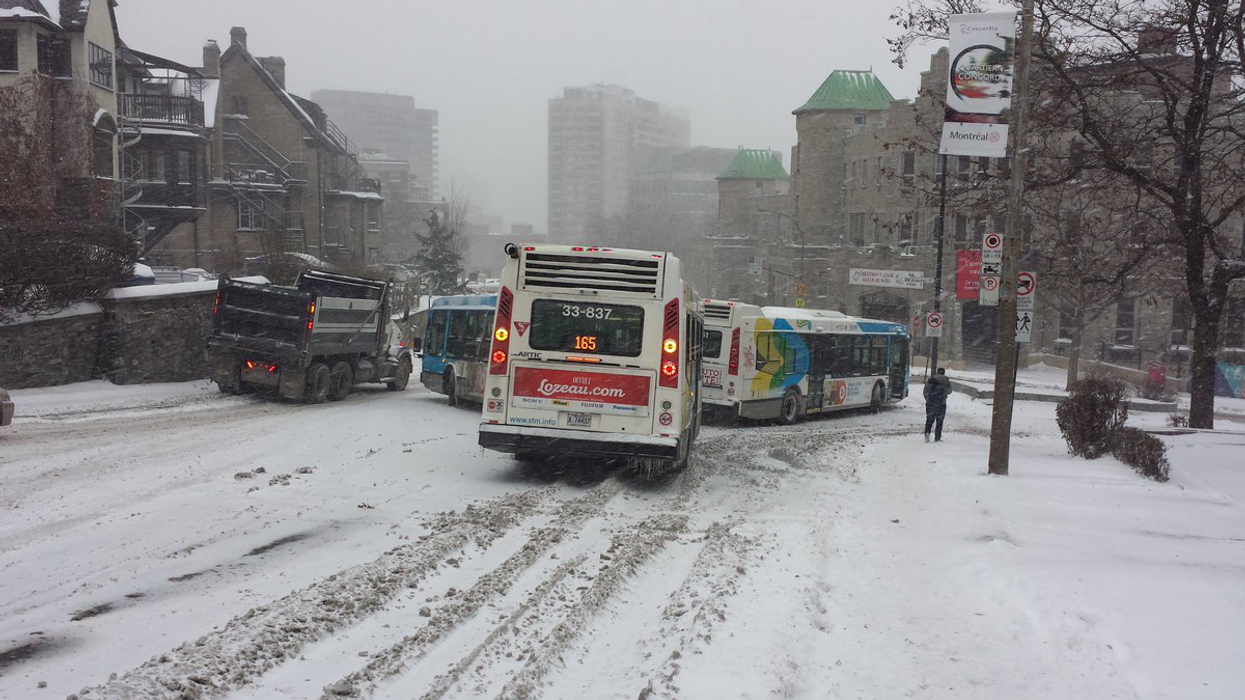 Video Showing Crashed STM Buses Being Abandoned In Montreal