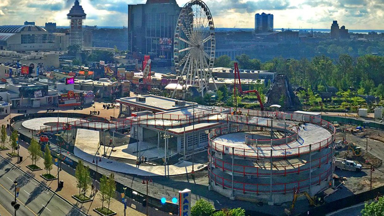 """Video Showing The Race Up The Multi-Level """"Mario Kart"""" Race Track In Niagara Falls"""