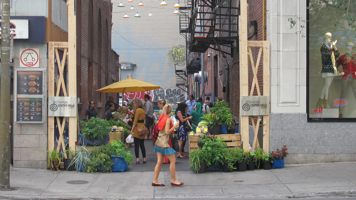 """Downtown Montreal Transforming Abandoned Alley Into """"Farmers Market"""""""