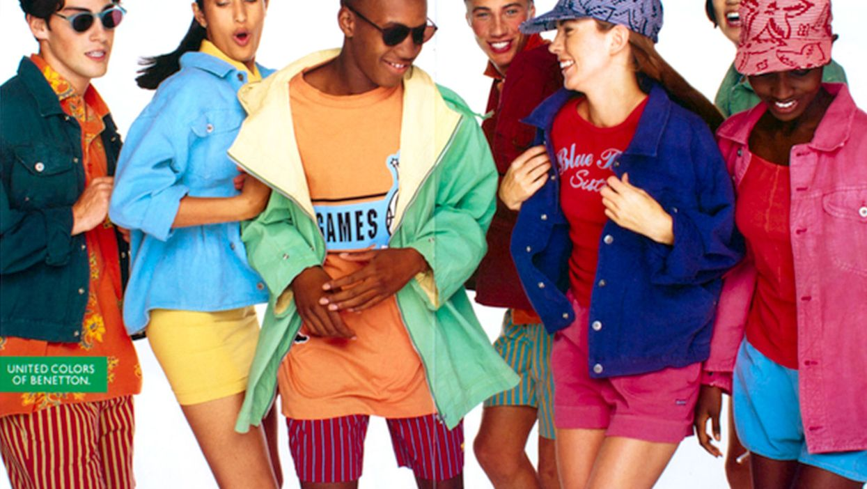 """Montreal Hosting """"90s Theme"""" Party"""
