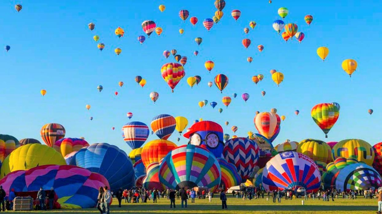 "Quebec's Massive ""Hot Air Balloon"" Festival You Gotta Road Trip To This Summer"