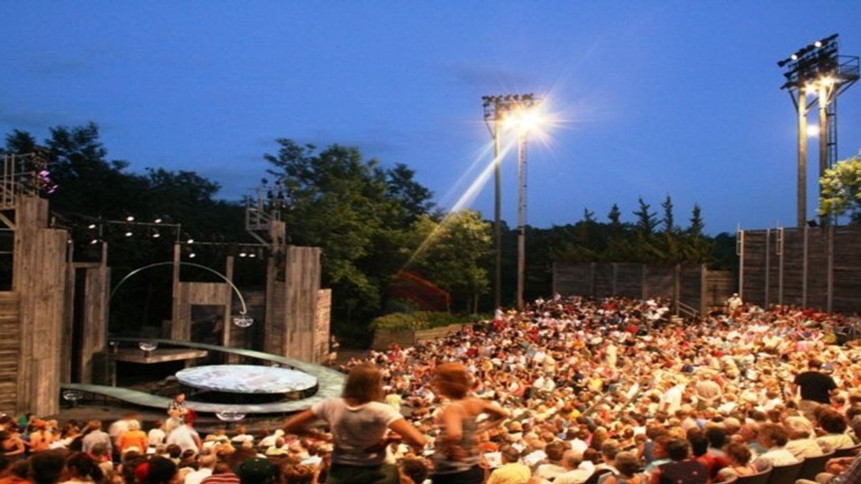 """""""Shakespeare In The Park"""" Shows Are Taking Over Montreal's Parks This Summer"""