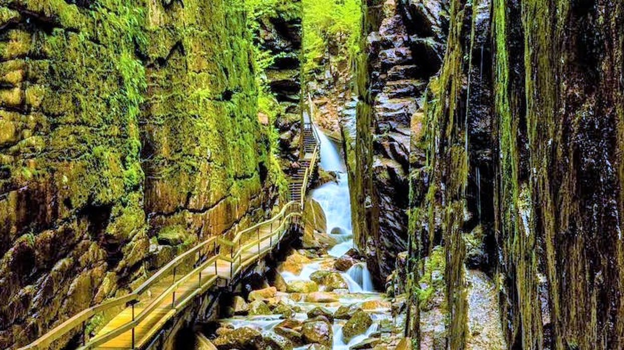 """The """"Canyon Path"""" Near Montreal That Will Blow Your Mind"""