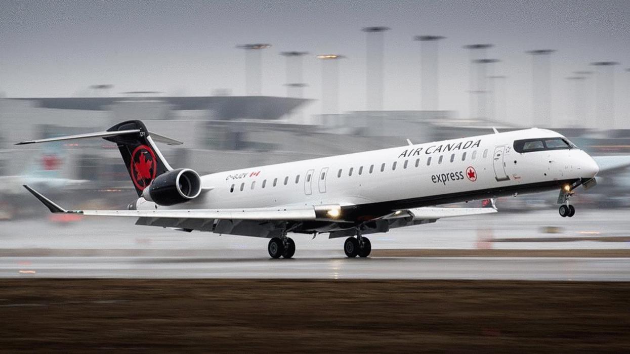 Air Canada Plane Makes Dangerous Landing Without A Wheel