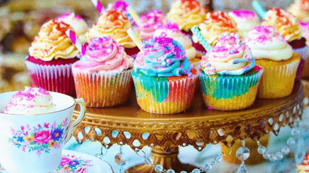 """You Can Now Get """"Unicorn Frappuccino Cupcakes"""" At This Montreal Bakery"""