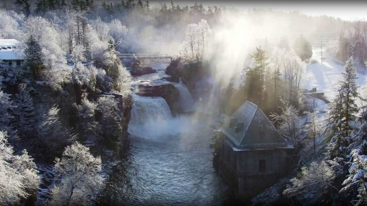 """The Insane """"Winter Canyon"""" 1 Hour Away From Montreal That's Totally Worth Roadtripping"""