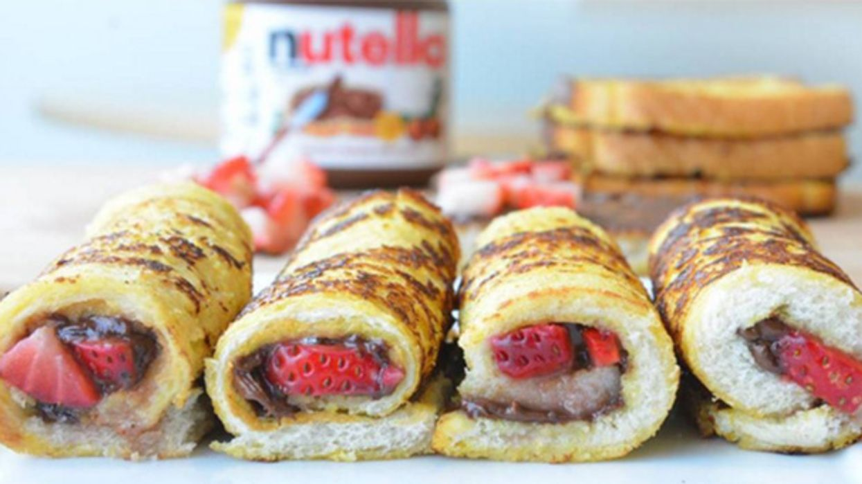 Strawberry Nutella French Toast Rolls Are The Tastiest Dessert You'll Eat All Winter