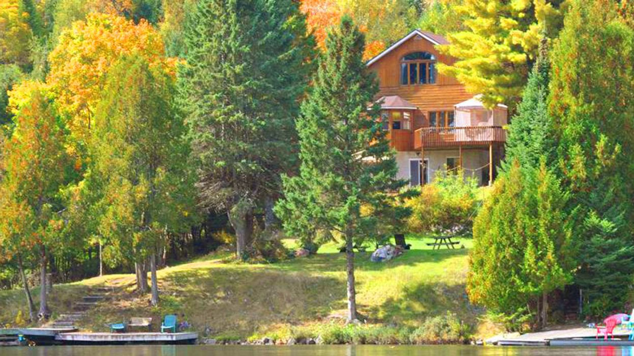 10 Cottages You Can Rent Near Montreal In Fall 2015