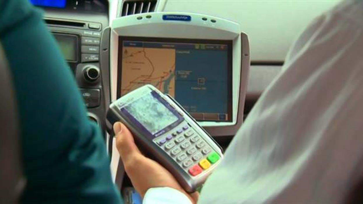All Montreal Taxis Are Being Forced To Accept Debit/Credit Cards Starting TODAY