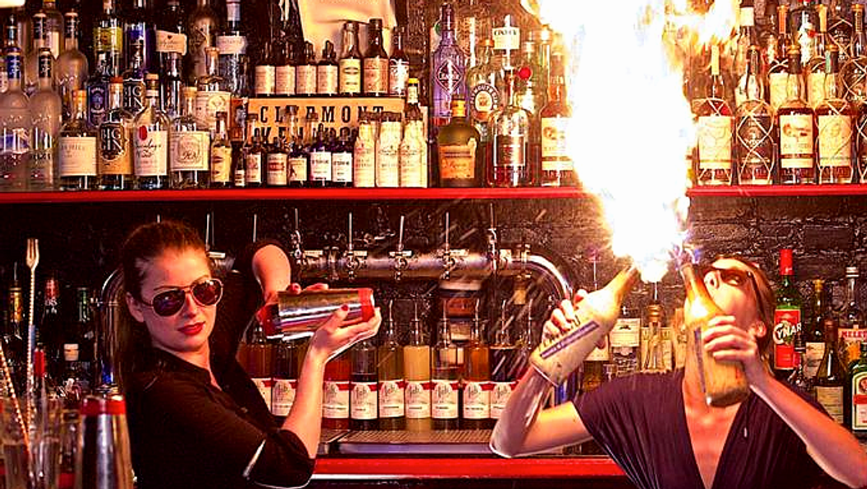 Best Montreal Bars To Impress An Older Date