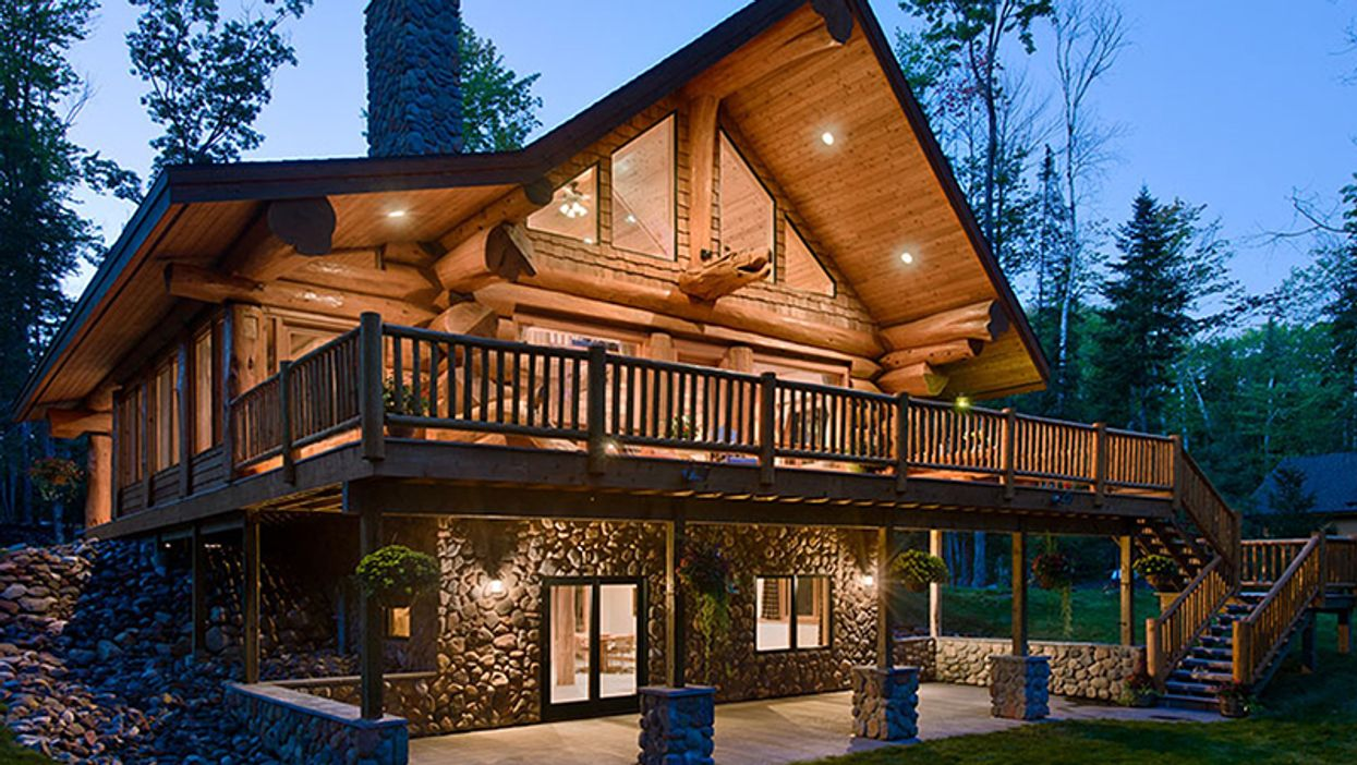 Chalets You Can Rent This Summer That Are Close To Montreal