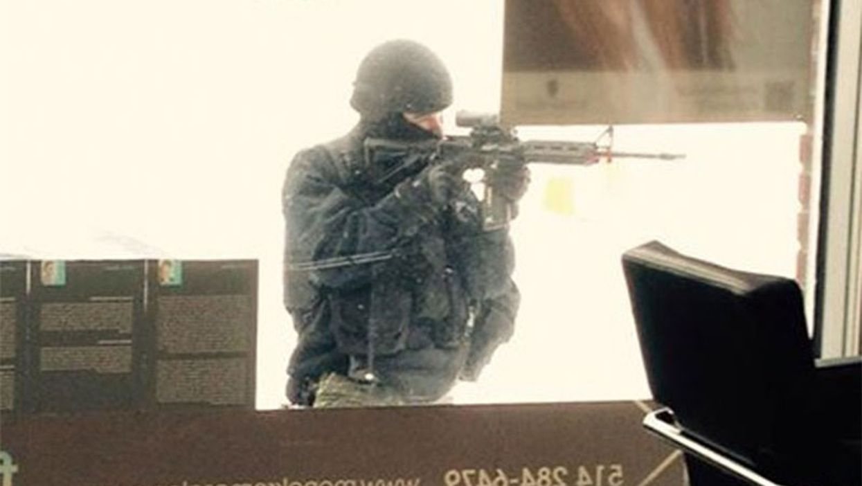Armed Gunman Spotted On Montreal's Rachel Street