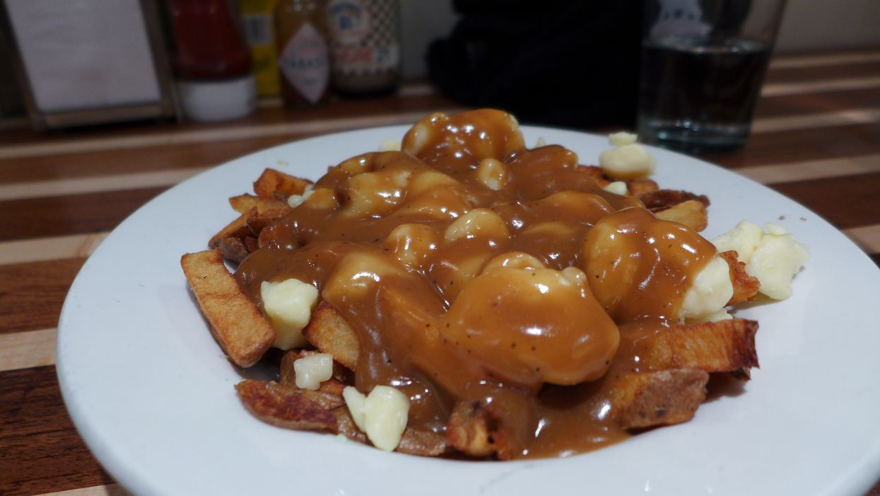 Montreal Restaurant Serves A Classic Poutine Even Vegetarians Can Eat