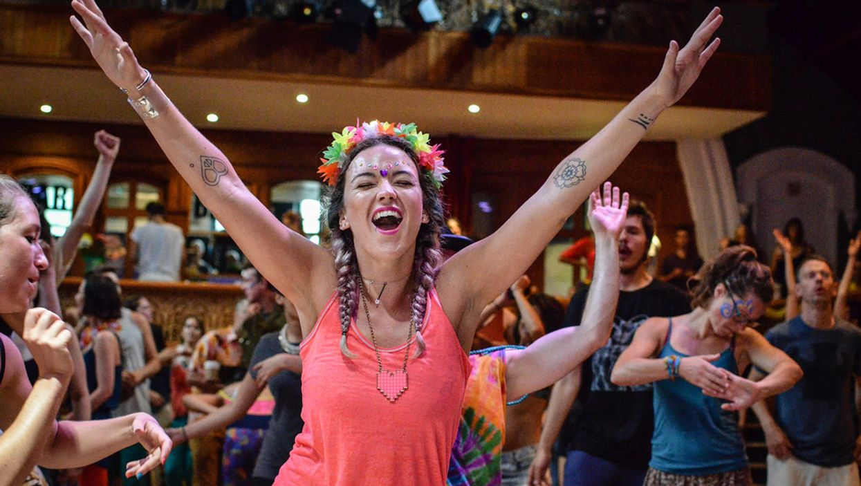 It's Official, Montreal Will Now Have Morning Yoga-Massage-Dance Raves