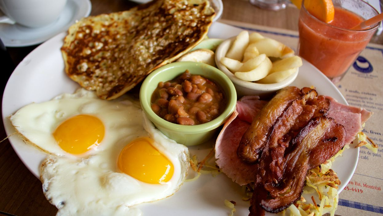 The Montreal App That Helps You Pick A Brunch Spot When You're Too Hungover To Think