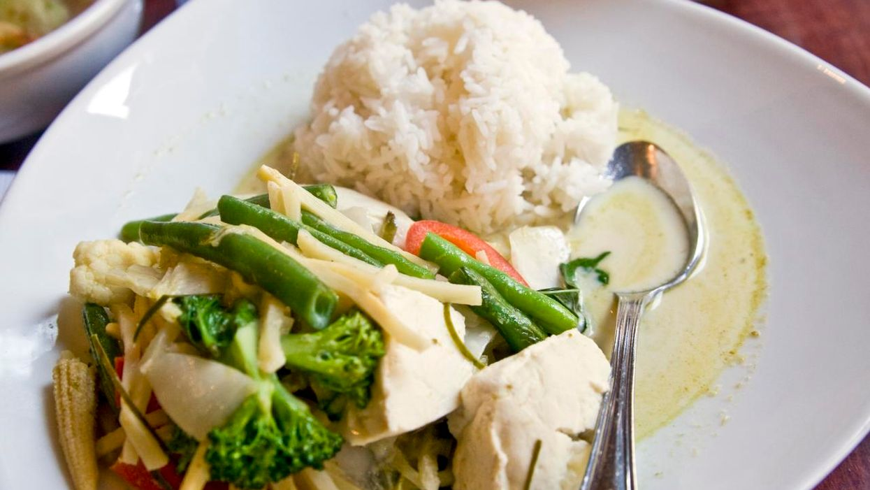 How To Make Lola Rosa's Vegan Green Curry In Your Own Kitchen