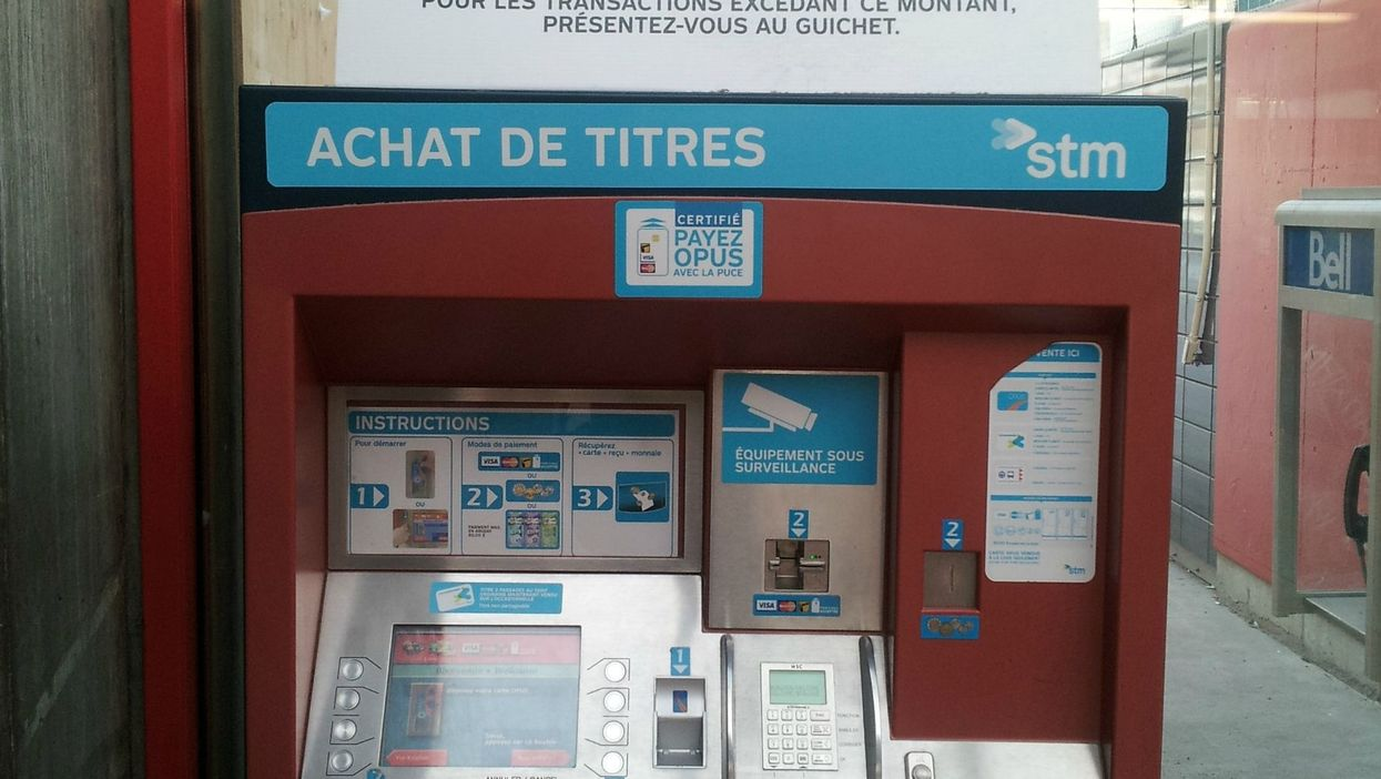 Montreal's STM Ticket Machines Will Not Let You Buy A Monthly Pass With Cash In 2015